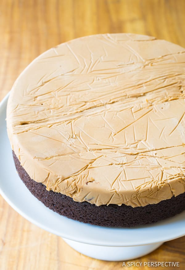 How To: Chocolate Caramel Ice Cream Sandwich Cake Recipe | ASpicyPerspective.com