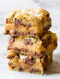 Gooey Salted Caramel Chocolate Chip Cookie Bars | ASpicyPerspective.com