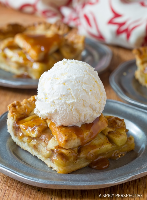 Quick Caramel Apple Slab Pie | ASpicyPerspective.com