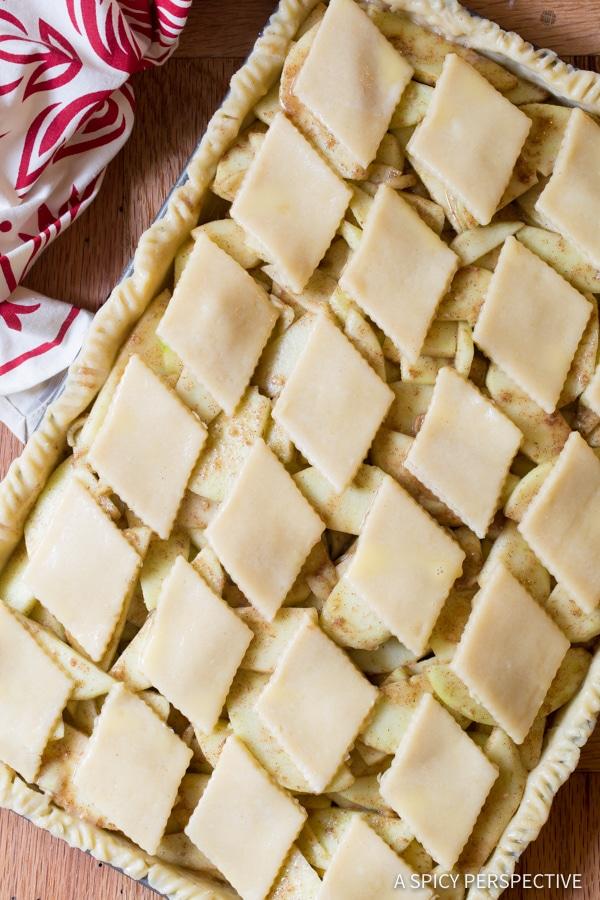 Making Easy Caramel Apple Slab Pie | ASpicyPerspective.com