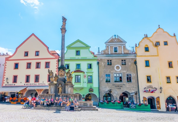 Visiting Cesky Krumlov - Amazing Day Trips from Prague | ASpicyPerspective.com #travel #europe
