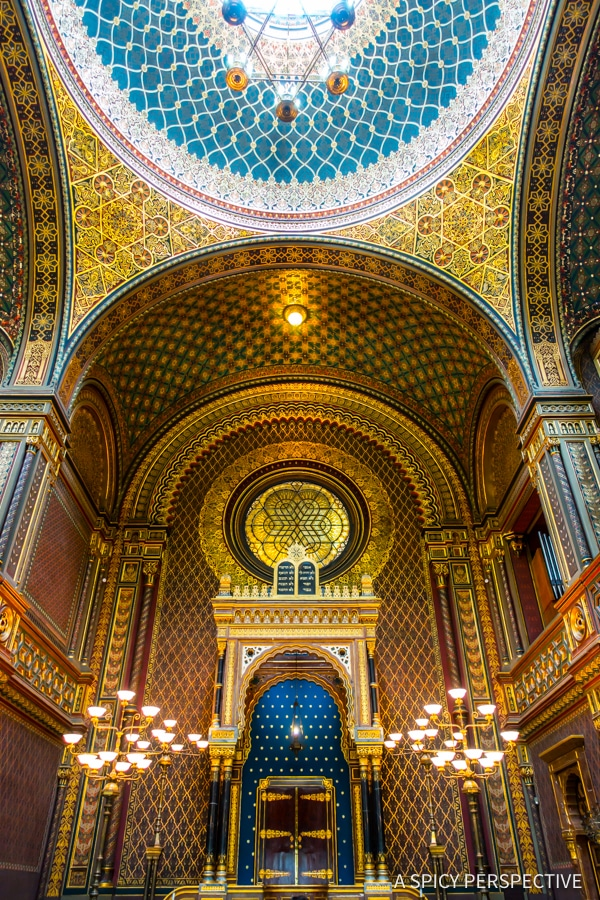 Spanish Synagogoue - Top 10 Reasons to Visit Prague, Czech Republic | ASpicyPerspective.com #travel #europe