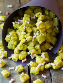 3-Ingredient Monster Teeth Recipe for Halloween! | ASpicyPerspective.com
