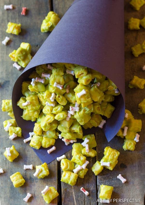 Fun 3-Ingredient Monster Teeth Recipe for Halloween! | ASpicyPerspective.com