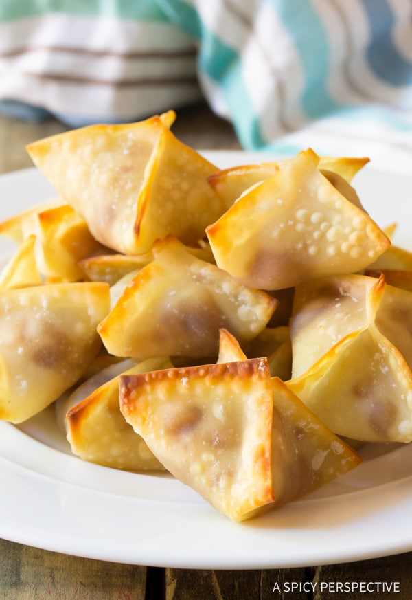 5-Ingredient Apple Pie Cream Cheese Wontons | ASpicyPerspective.com