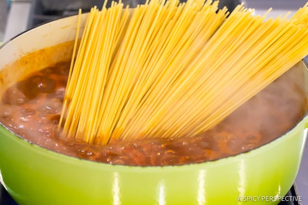 Must-Try One Pot Sunday Gravy (In Less Than An Hour!) | ASpicyPerspective.com