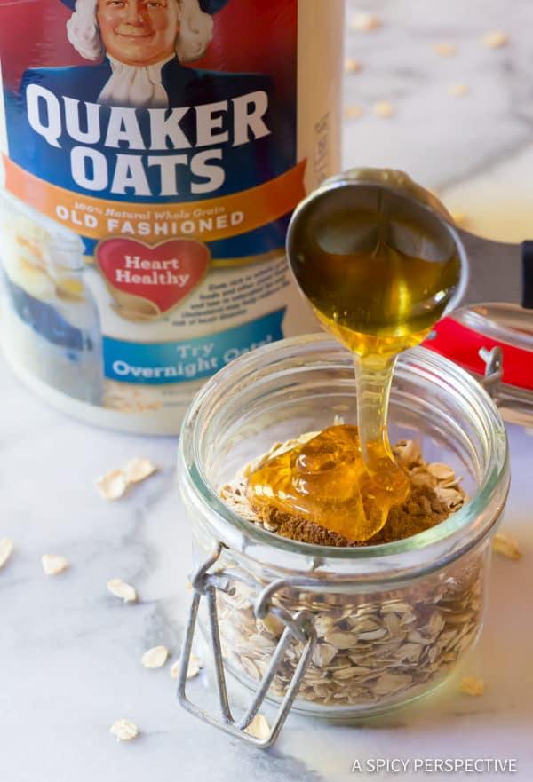 How To: Pumpkin Spice Latte Overnight Oatmeal Recipe | ASpicyPerspective.com