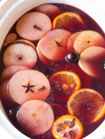 Mulled Wine (Hot Wassail Recipe) on ASpicyPerspective.com #christmas #holiday
