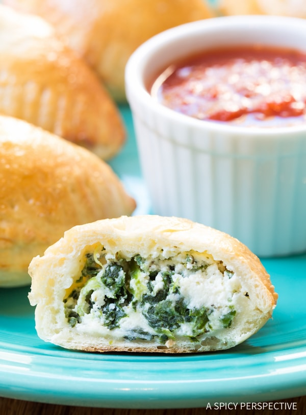 Must-Make Mini Spinach Ricotta Calzone Recipe on ASpicyPerspective.com