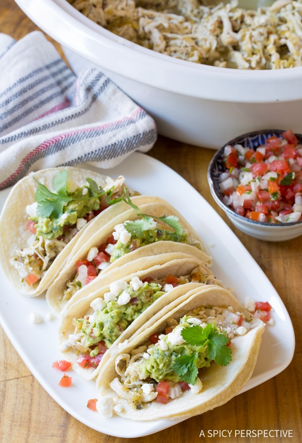 Perfect 2-Ingredient Crockpot Taco Chicken (Low Carb, Low Fat, Gluten Free!) #slowcooker