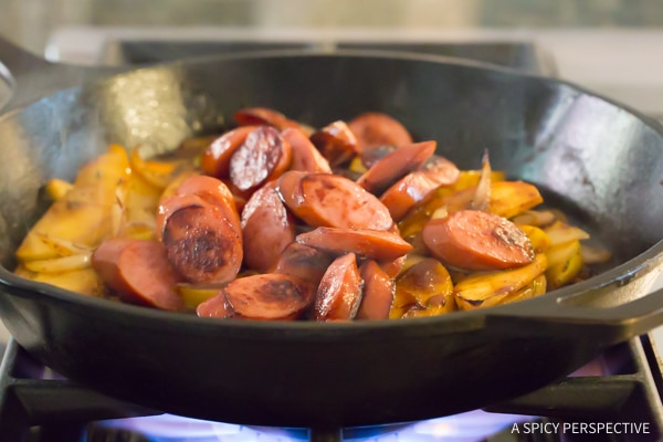 How to Make Light Kielbasa Apple Onion Skillet #healthy #glutenfree