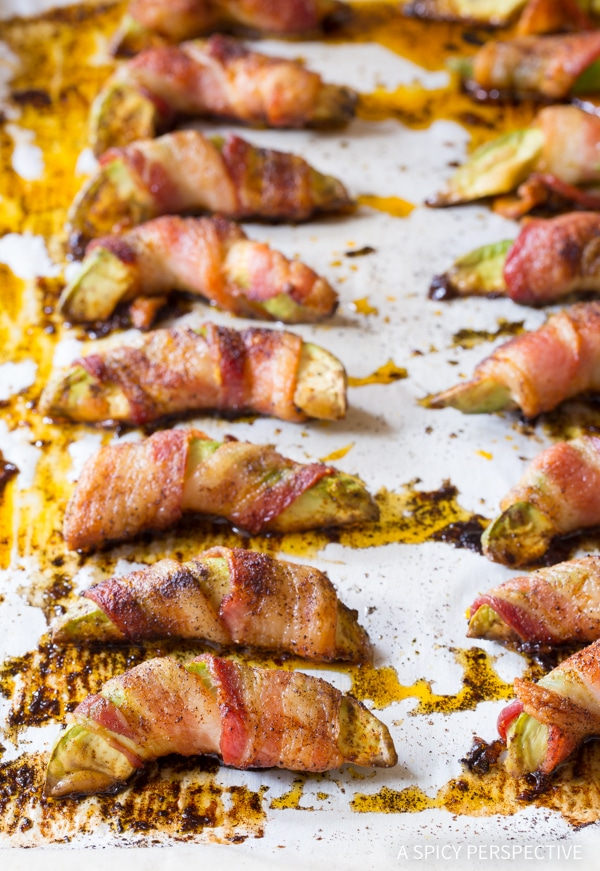 Crunchy Low Carb Bacon Wrapped Avocado Recipe #paleo #glutenfree