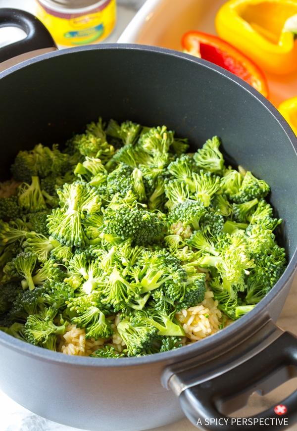 Make: Cheesy Broccoli Rice Stuffed Peppers Recipe #vegetarian