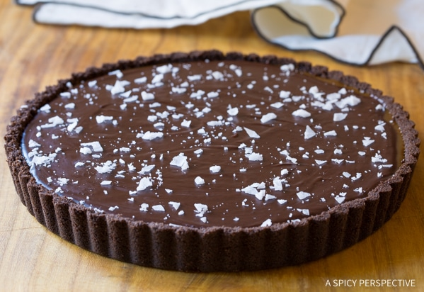 SWOON! Salted Caramel Chocolate Tart (Gluten Free!) #valentinesday