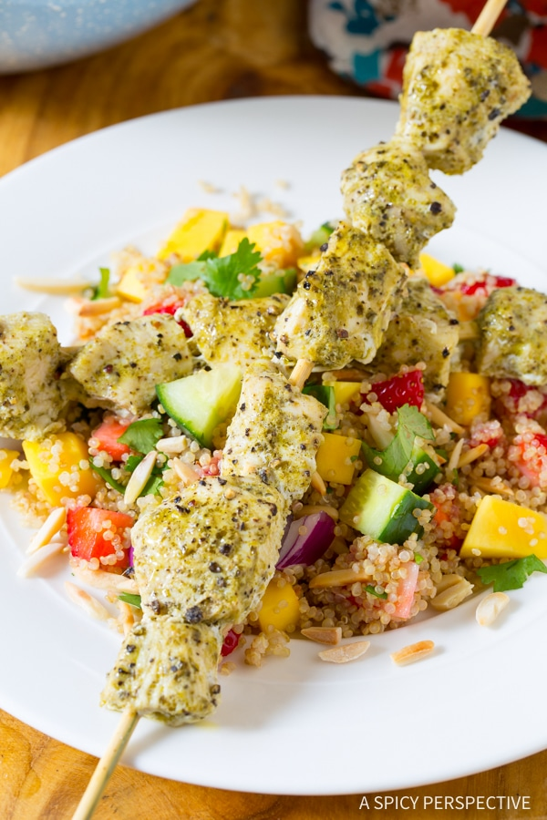 Healthy Pesto Chicken Kebabs with Cool Mango Quinoa Pilaf #lowfat #glutenfree