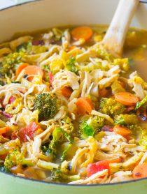 Southwest Chicken Detox Soup Recipe #cleanse #diet