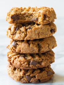 Magic 4-Ingredient Chocolate Chip Cookies Recipe #healthy #lowcarb #glutenfree #paleo #vegan