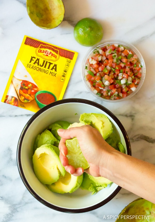 Easy Magic 4-Ingredient Fajita Guacamole Recipe #healthy