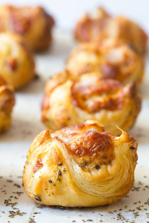 6-Ingredient Cheesy Lunchbox Poppers Recipe