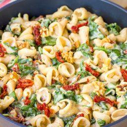 One-Pot Spinach Ricotta Pasta Recipe