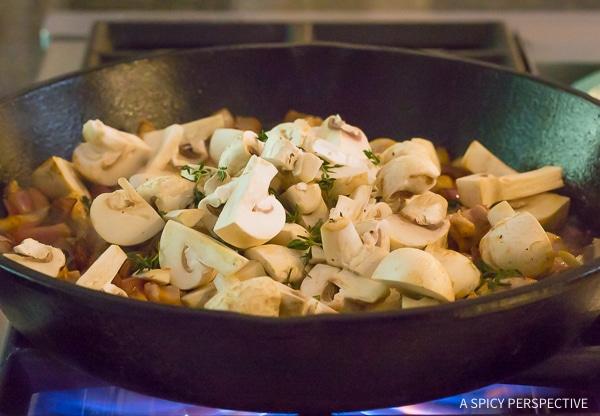 How to Make Croatian Chicken Mushroom Pepper Skillet Recipe