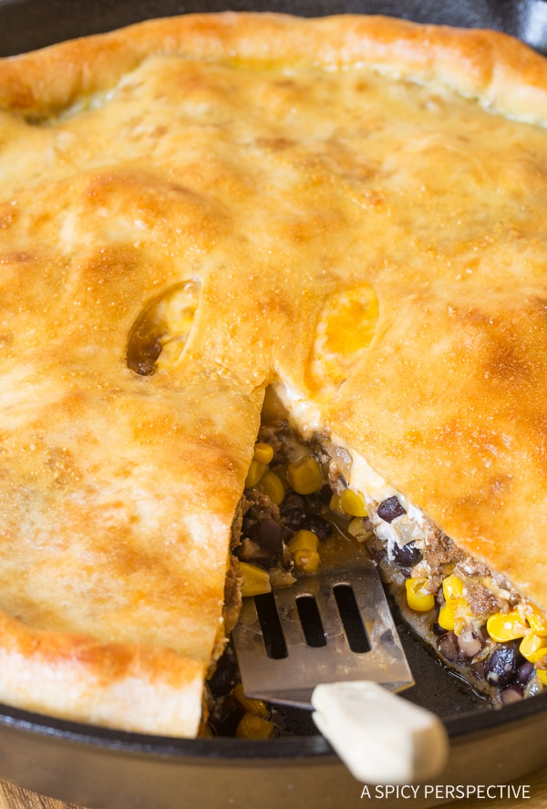 Zesty Skillet Taco Calzone Pie Recipe