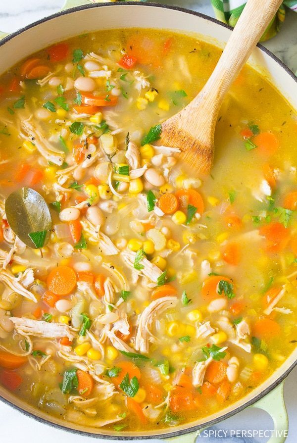 White kidney beans chicken soup