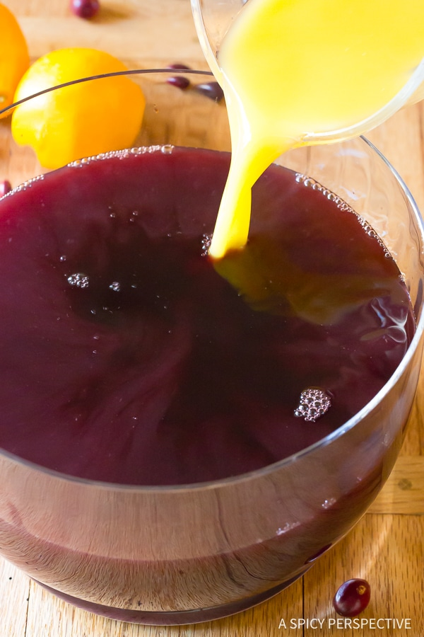 5-Ingredient Holiday Wine Punch Cocktails Recipe