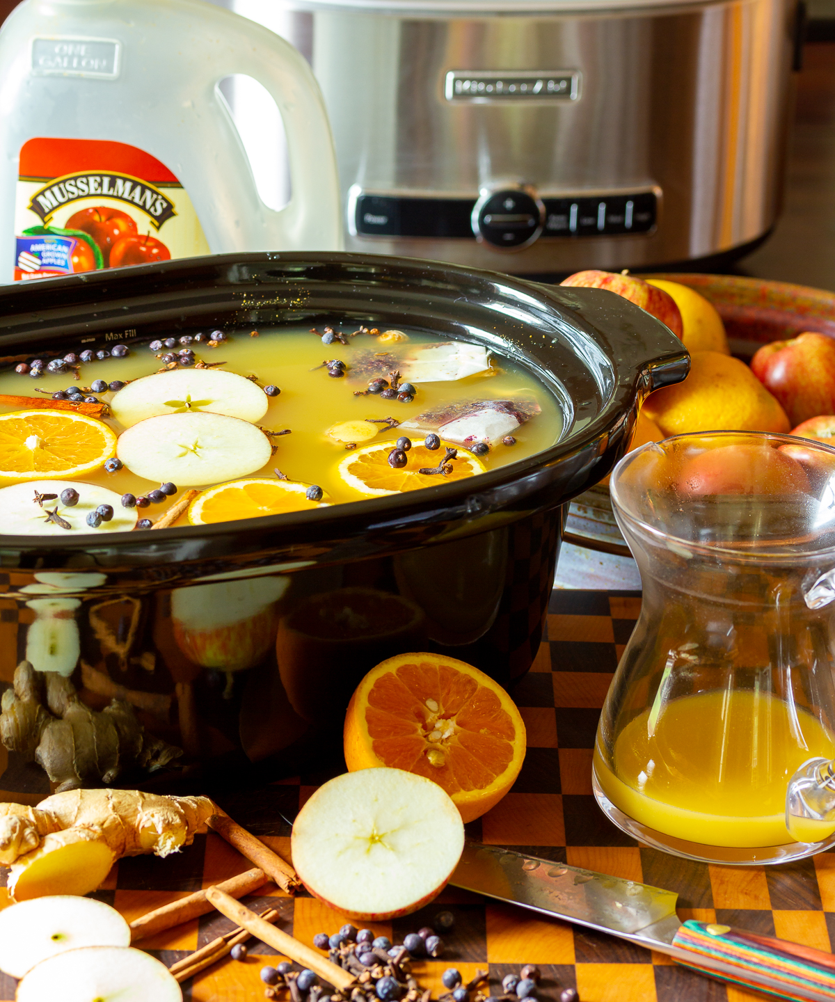 hot apple cider wassail