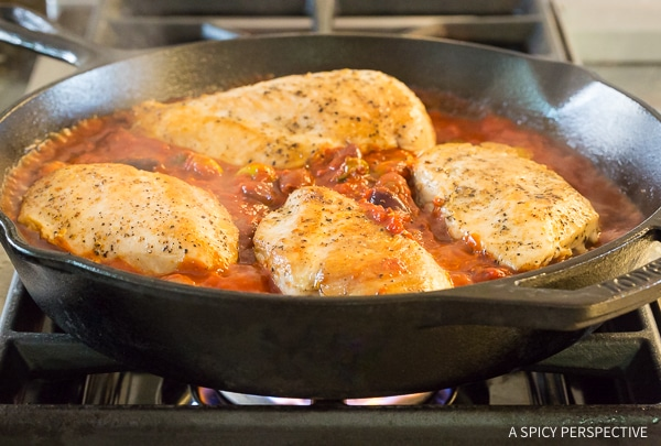 How To: Low Carb Skillet Chicken Puttanesca Recipe
