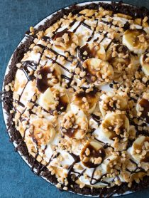 Fluffy No-Bake Chocolate Banoffee Pie Recipe