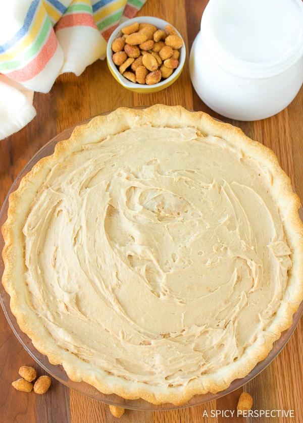 How To: The Fluffiest Fluffernutter Pie Recipe