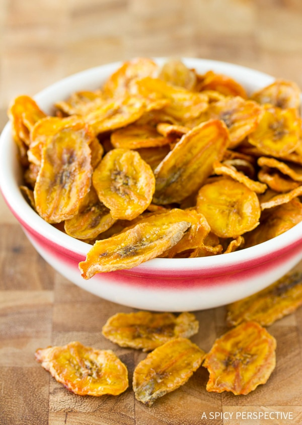 Crispy Healthy Baked Banana Chips Recipe