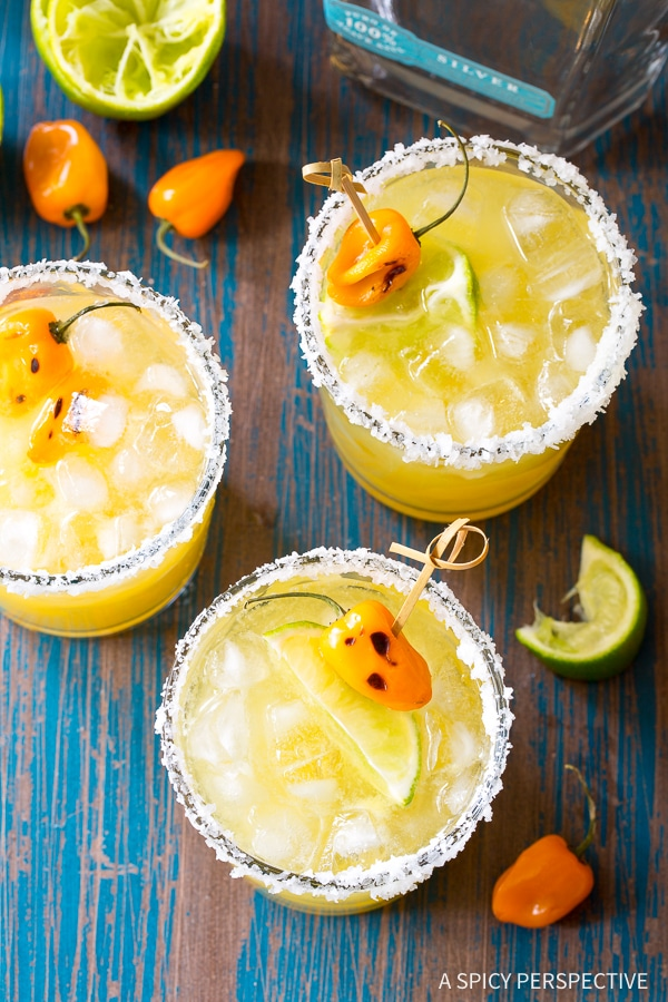 Spicy Habanero Pineapple Margaritas Recipe for Cinco de Mayo and summer parties!