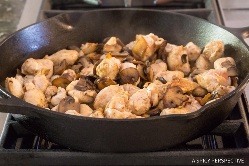 Cook: Skinny Chicken A La King Recipe #ASpicyPerspective #lowcarb #retro #vintage