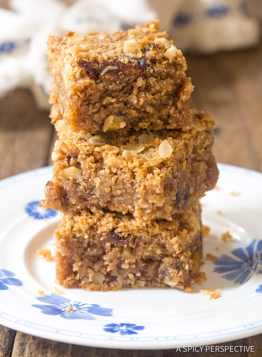 Soft Sweet Breakfast Oat Bar Recipe #GlutenFree #Vegan #ASpicyPerspective