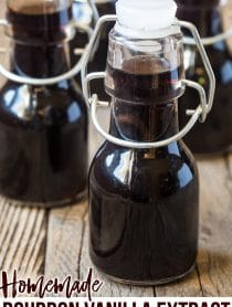 How To Make Homemade Bourbon Vanilla Extract Recipe #ASpicyPerspective #giftideas #ediblegifts