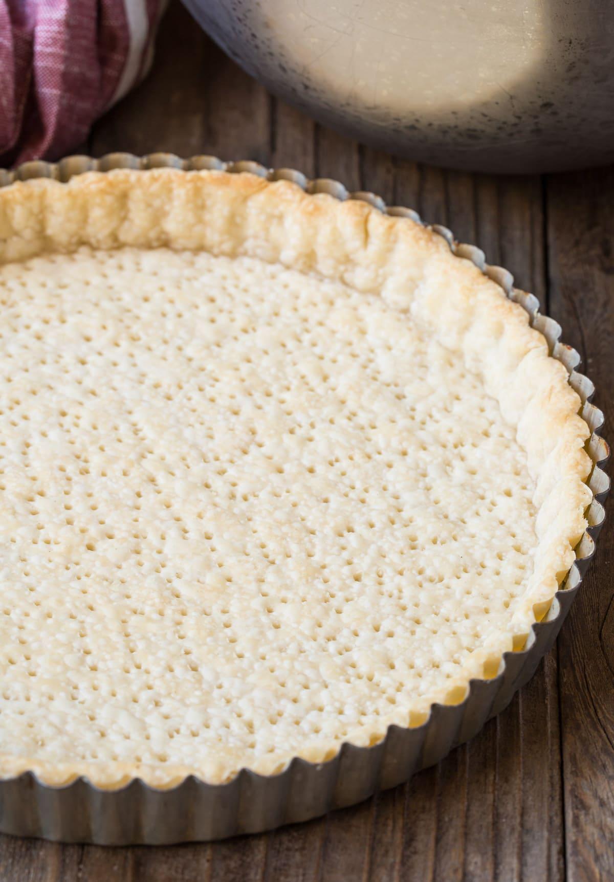 How To Make 6-Ingredient Pomegranate Cream Tart Recipe #ASpicyPerspective #holiday #pomegranaterecipe