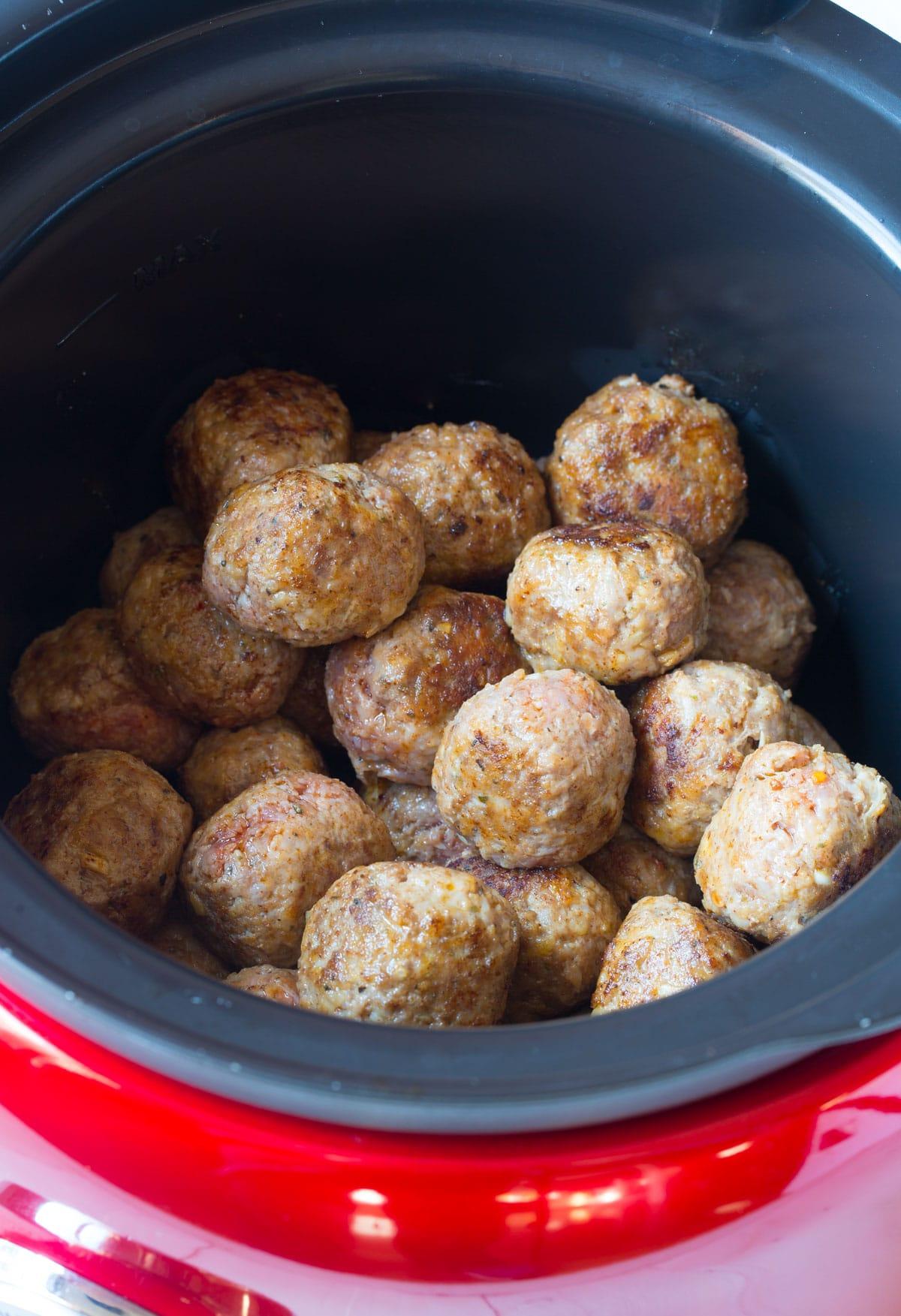 4-Ingredient Slow Cooker Cocktail Meatballs Recipe - (Crock Pot Meatballs) #ASpicyPerspective #meatballs #slowcooker #crockpot #meatballs
