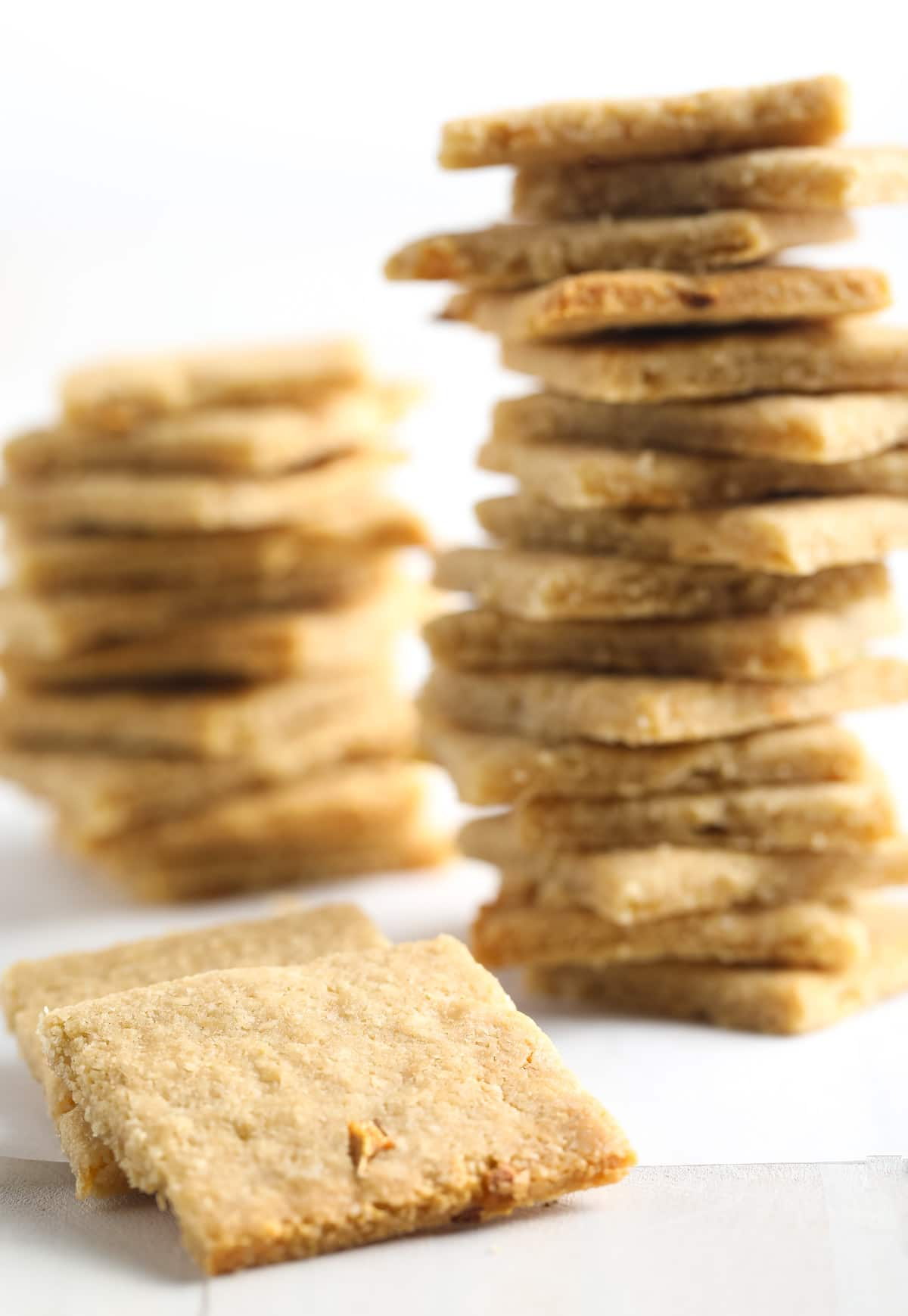 Crunchy French Onion Keto Crackers Recipe #ASpicyPerspective #paleo #whole30 #ketogenic