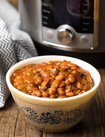 Best Instant Pot Baked Beans Recipe #ASpicyPerspective #pressurecooker #instantpot