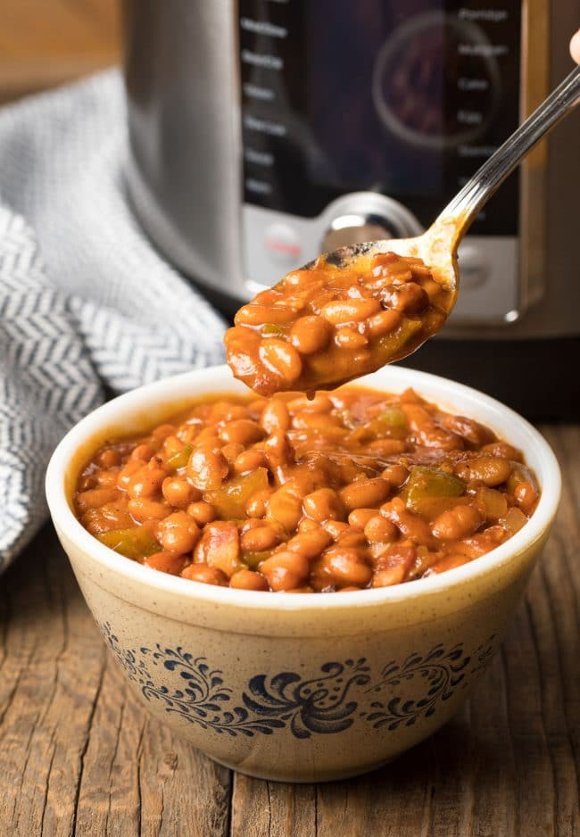 Easy & Best Instant Pot Baked Beans Recipe #ASpicyPerspective #pressurecooker #instantpot