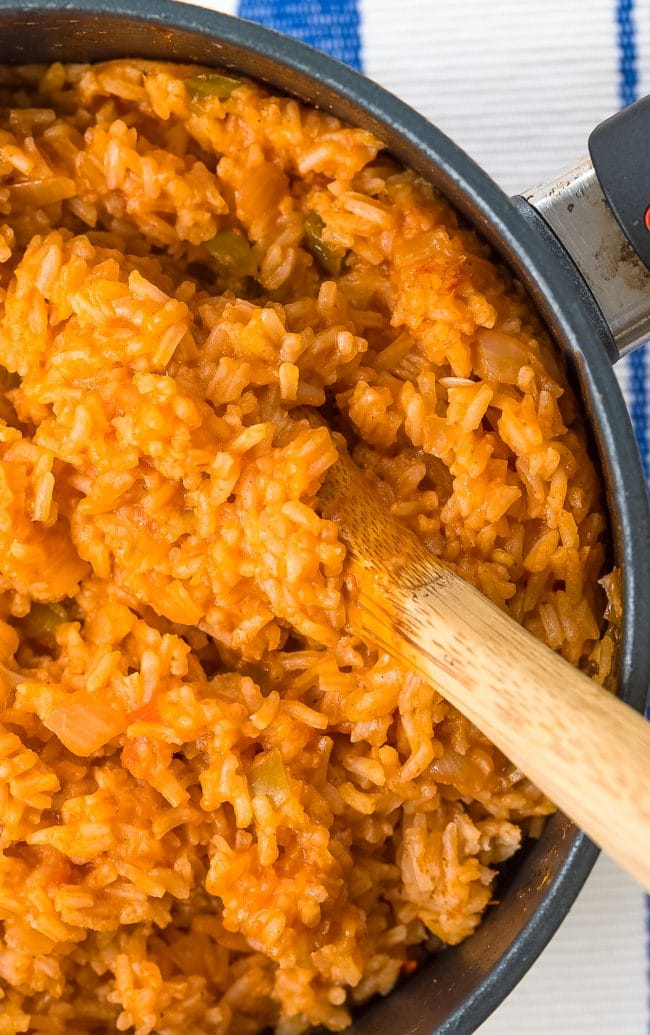 Easy Spanish Rice Recipe (Mexican Rice - Arroz Rojo) #ASpicyPerspective #rice #mexican #spanish