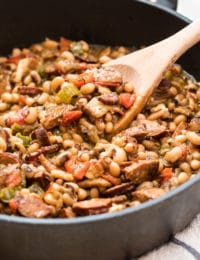 Authentic Hoppin' John Recipe #ASpicyPerspective #peas #rice #blackeyedpeas #southern #newyears