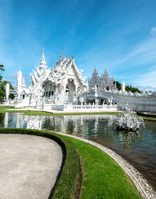 Thailand Temples - Travel Tips #ASpicyPerspective #vacation #thailand #asia #trip #travel