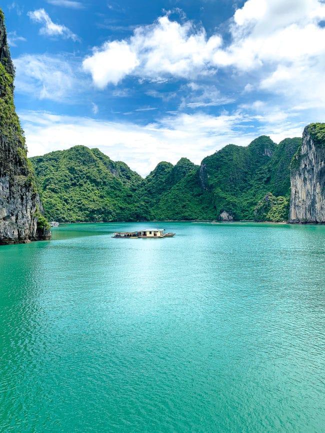 Vietnam Islands: The Ultimate Foodie Destination #ASpicyPerspective #vietnam #asia #travel #vacation #trip