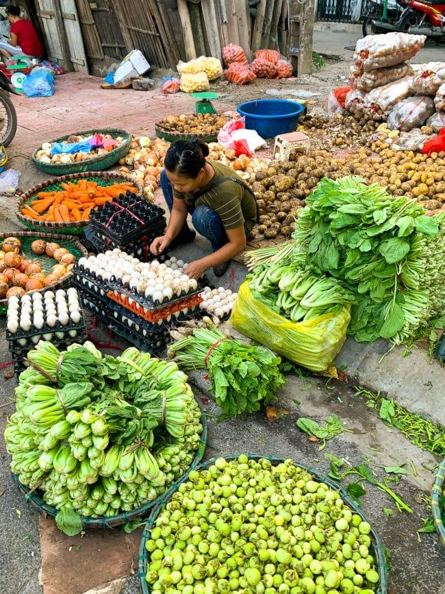 Hanoi Markets Vietnam: The Ultimate Foodie Destination #ASpicyPerspective #vietnam #asia #travel #vacation #trip