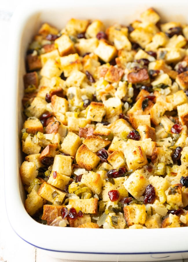 Best Gluten Free Stuffing Recipe (Thanksgiving!) #ASpicyPerspective #glutenfree #vegetarian #stuffing #dressing #holiday #thanksgiving #christmas