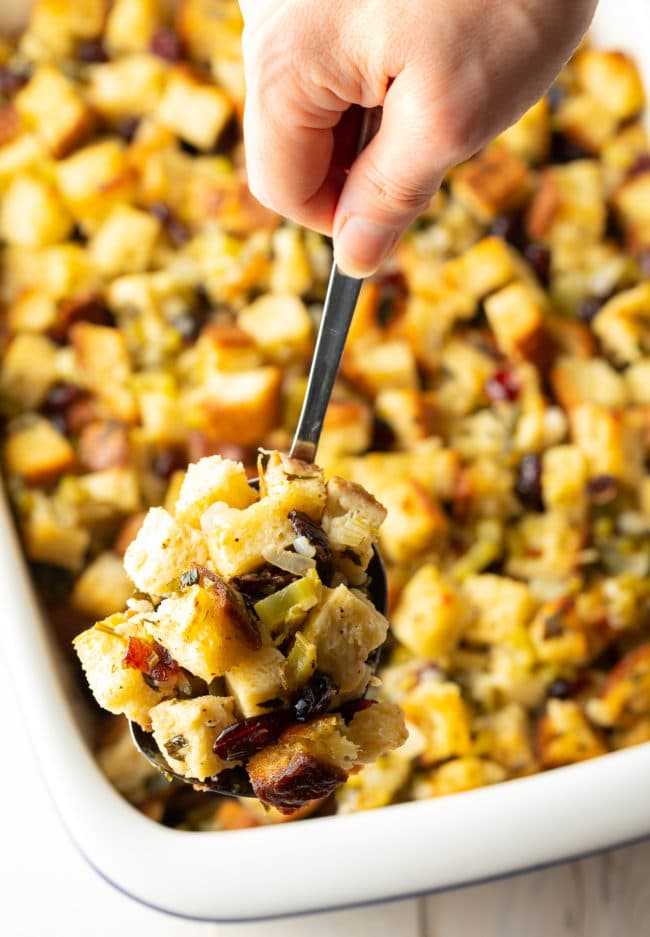 Amazing Gluten Free Thanksgiving Stuffing Recipe #ASpicyPerspective #glutenfree #vegetarian #stuffing #dressing #holiday #thanksgiving #christmas