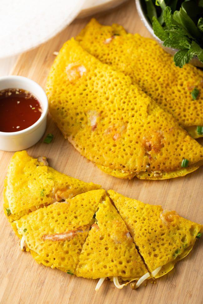 Vietnamese banh xeo recipe